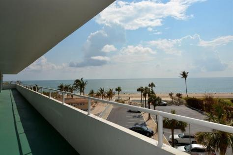 View Unit 405 recently sold Caribe Lauderdale by the Sea