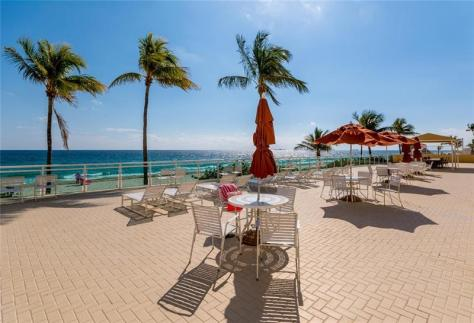 Beach views Playa del Mar condo for sale Galt Ocean Mile Fort Lauderdale