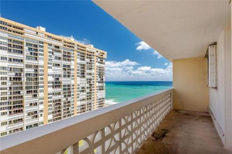 View Galt Ocean Mile condo pending sale Galt Towers Unit 15E