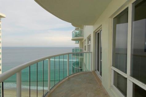 View Galt Ocean Mile condo pending sale Southpoint Fort Lauderdale- Unit 1705 S