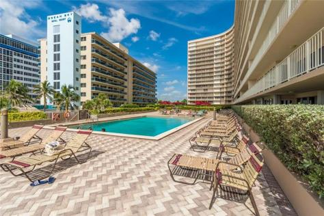 Pool views The Galleon condominium Galt Ocean Mile Fort Lauderdale