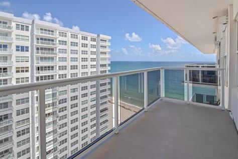 View Galt Ocean Mile condo just listed for sale Royal Ambassador 3700 Galt Ocean Drive - Unit 1703