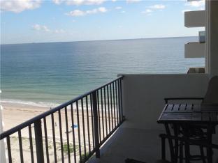 View Galt Ocean Mile condo sold highest square foot price 2018 Ocean Riviera 3550 Galt Ocean Drive - Unit 910