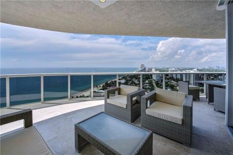 View Galt Ocean Mile condo pending sale L'Hermitage 3100-3200 N Ocean Blvd Fort Lauderdale - Unit 2310