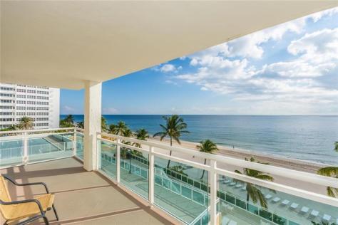 View 3 bedroom Galt Ocean Mile condo pending sale Playa del Mar 3900 Galt Ocean Drive Fort Lauderdale Unit 317
