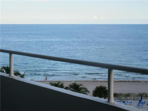 View condo pending sale Caribe 4050 N Ocean Drive Lauderdale by the Sea - Unit 703