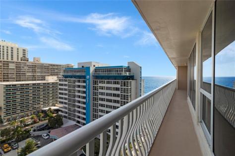 View Galt Ocean Mile condo just listed for sale Ocean Club 4020 Galt Ocean Drive Fort Lauderdale - Unit 1103