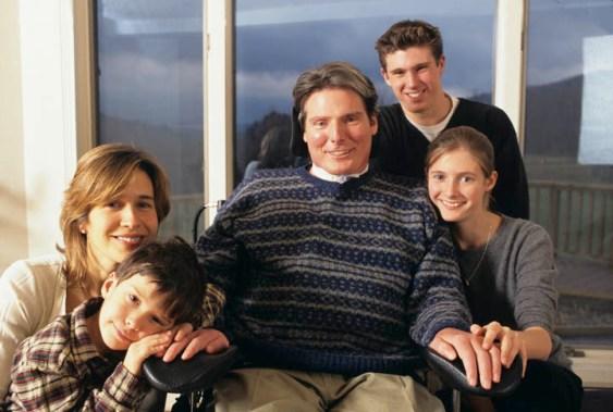 reevefamily2_low credit Ken Regan (1996)