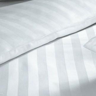 Hvid / farvet sengetøj