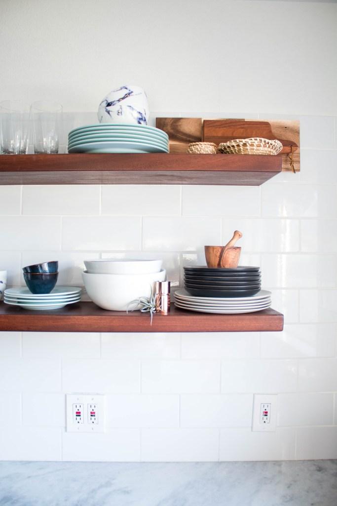 styled kitchen shelving // kitchen remodel via fortheindoorsy.com