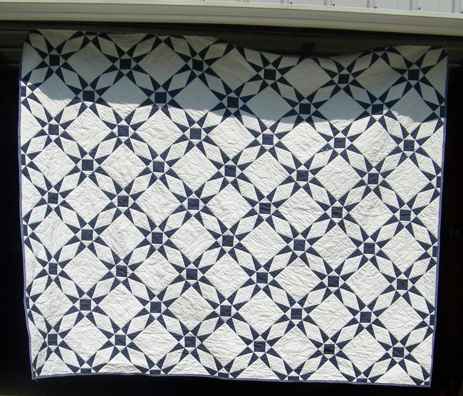 patchwork stars quilt, blue and white