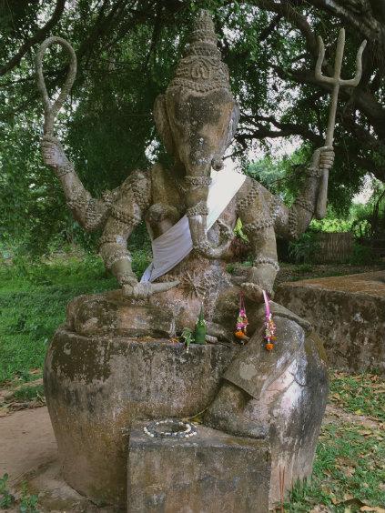 Laos2