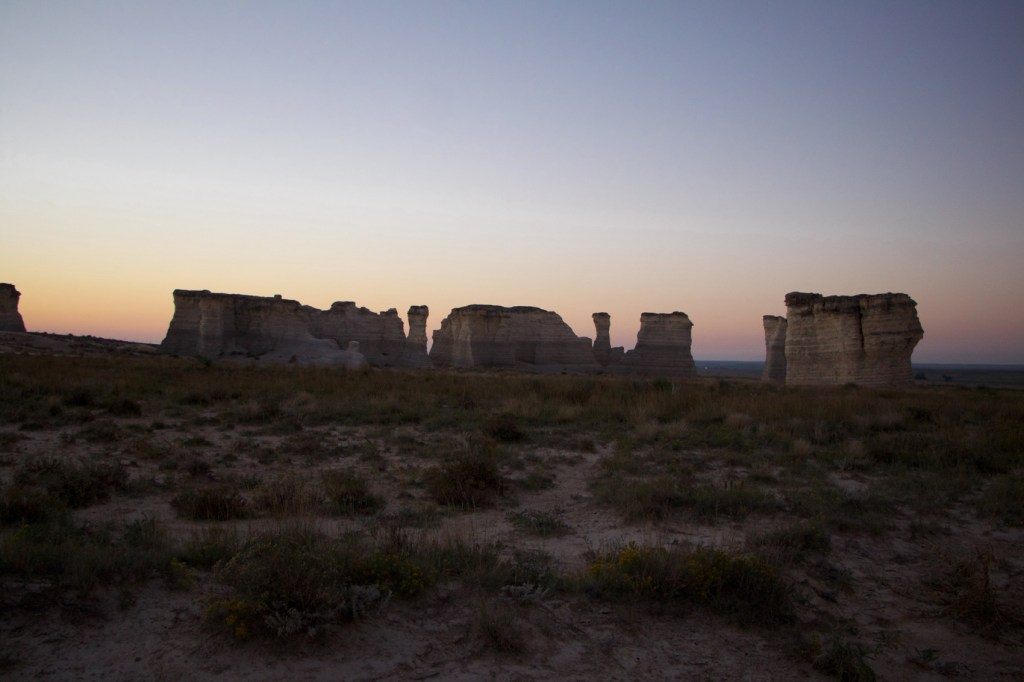 monument-rocks-kansas-13-of-23