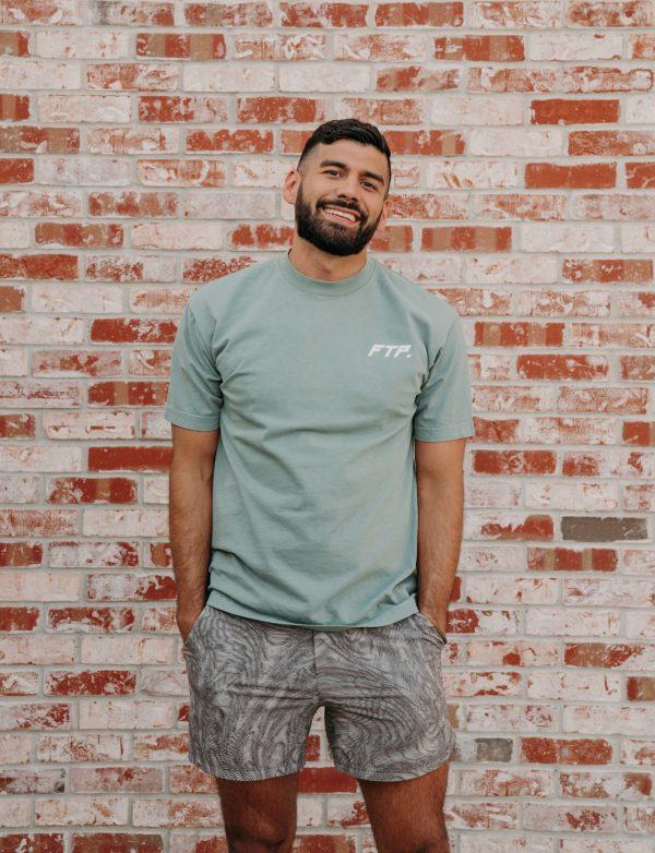 Big Cats Crew Neck Short Sleeve Tshirt In Sage