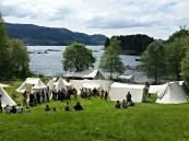 Utsikt over en del av markedsområdet / Some of the market tents