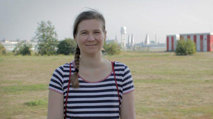 Kirsten Fuchs auf dem Tempelhofer Feld.
