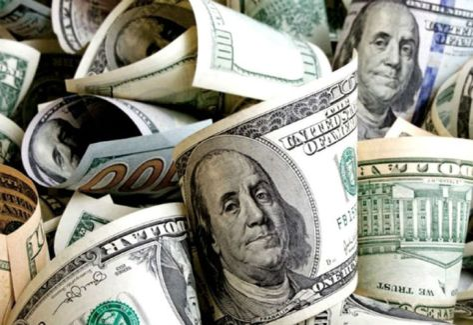 Inicio de la jornada estable para el dólar y riesgo país