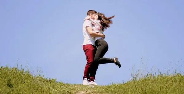 第二チャクラを開き恋愛の幸せをMAXにする8のこと