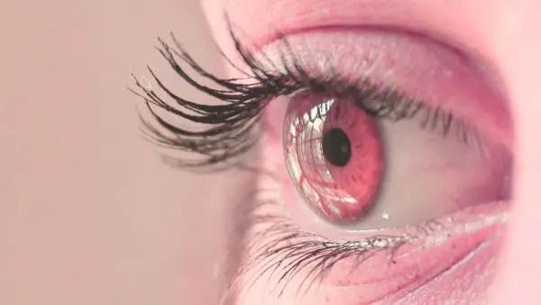 人相学で診断!目の形で恋愛傾向が分かる9の人相占い