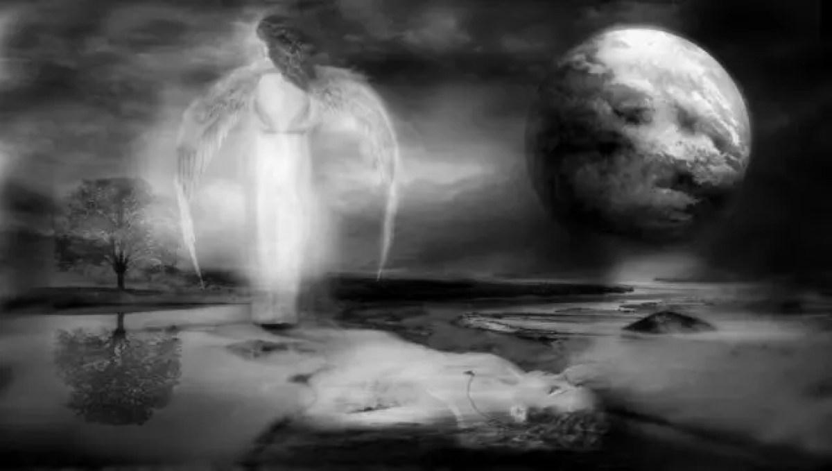 天使 翼 溺れる女性 月