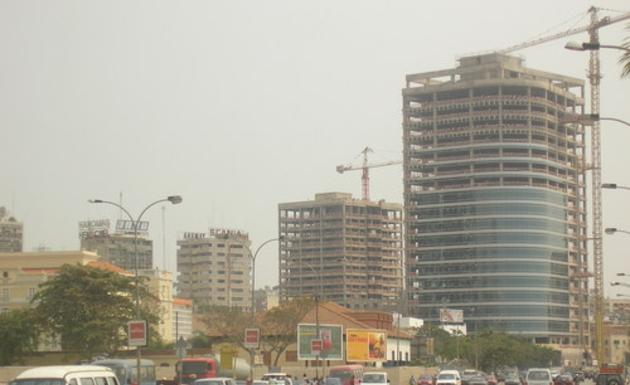 angola economy growth