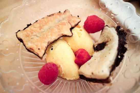 vanilla bean ice cream black pig bistro calgary
