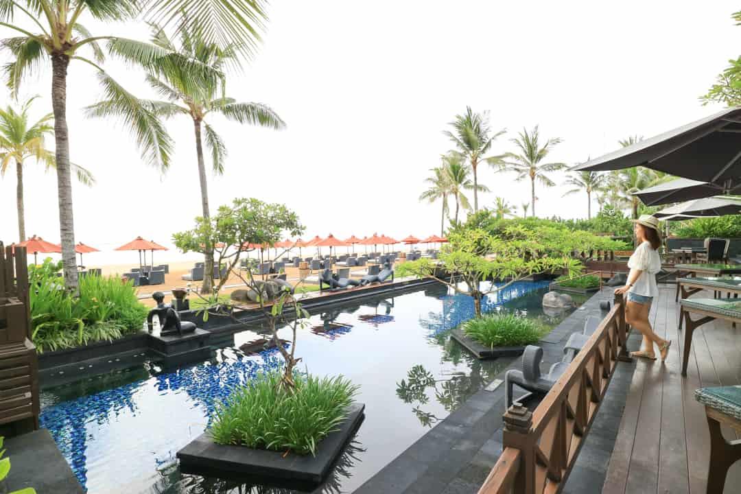 the st regis bali resort paradise within a paradise. Black Bedroom Furniture Sets. Home Design Ideas