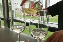 Top Niagara Wine Tasting Tour