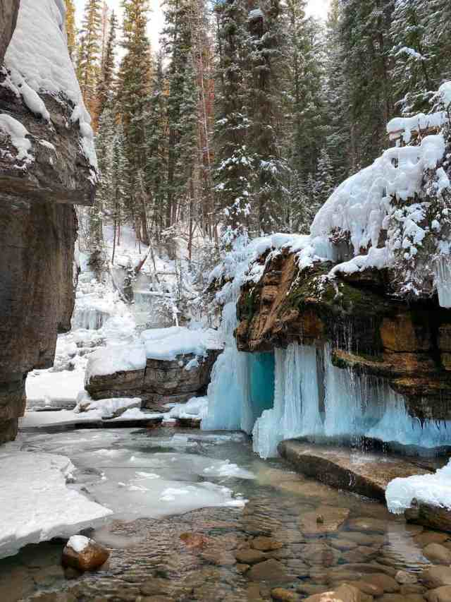 Maligne Canyon Frozen Waterfalls