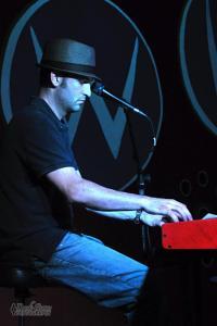 A photo of musician Glenn Rainey