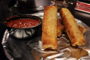 A photo fo pizza rolls