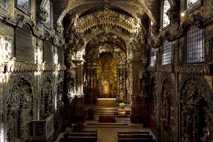 igreja-santa-clara-gold-interior