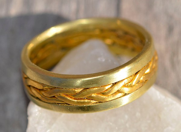 Tight 24k braid ring