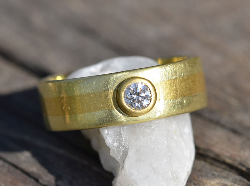 Two golds diamond ring