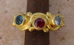 Family birthstone ring