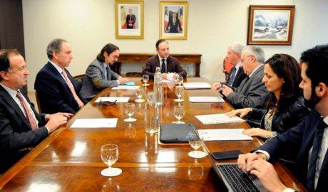 Reunio de Govern amb la cambra, la CEA i l'EFA