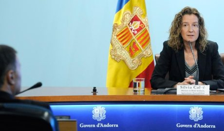 La ministra Sílvia Calvó presenta el programa Renova 2020
