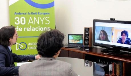 Lanndry Riba en una videconferència