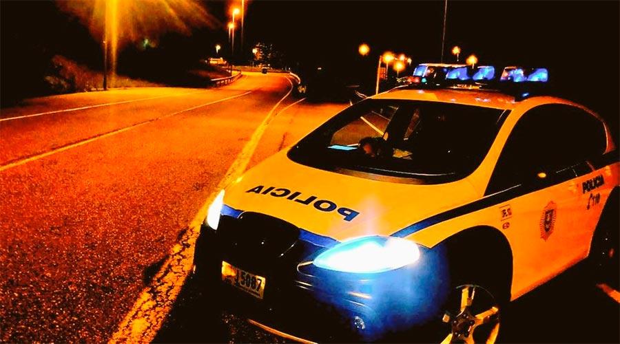 Un cotxe de policia
