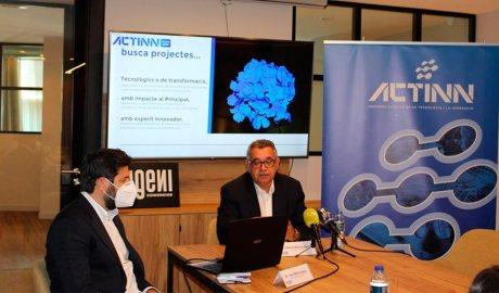 Ivan Mora i Albert Moles presenten els premis ACTINN AWARDS
