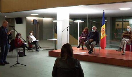 Antoni Pol es dirigeix a Eva julián, Josep Dallarès i Antoni Ubach, premis àgora 2020