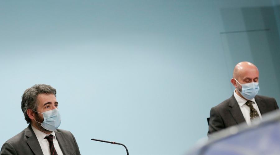 El ministre Portaveu, Èric Jover, i el de Sanitat, Joan Martínez Benazet.