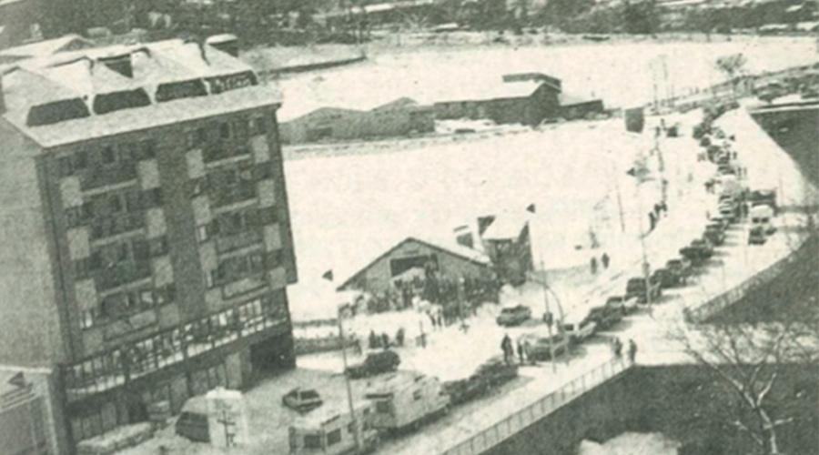L'avinguda Tarragona coberta de blanc el diumenge 9 de desembre del 1990 després de la gran nevada.