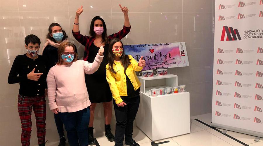 Entrega del premi del concurs pel disseny de la tassa commemorativa del Dia Internacional de les Persones amb Discapacitat