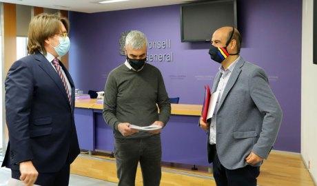 Naudi, Magallón i Montané a la sala de premsa del Consell General