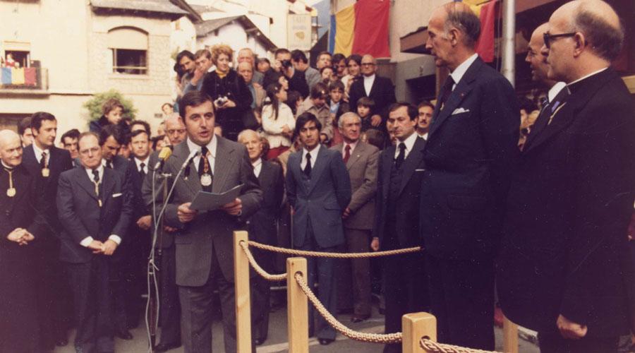 Puigdellívol durant l'acte de recepció del Copríncep Giscard d'Estaing, el 19 d'octubre de 1978.