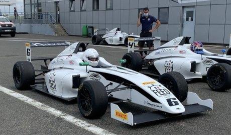 Àlex Machado en un F4 a Magny Cours