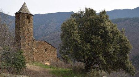 Exterior de l'església de Sant Julià de Solanell el 2021.