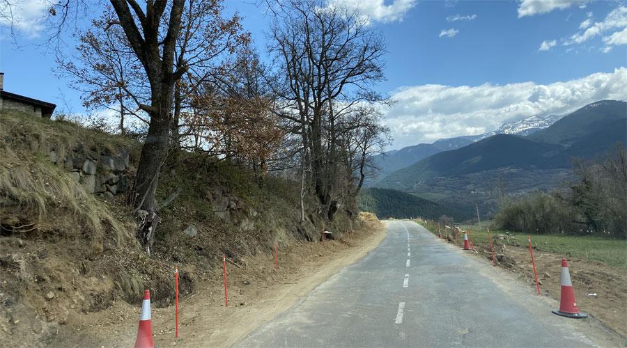 Obres a la carretera LV-4036, que dóna accés al municipi de Lles de Cerdanya (RàdioSeu)