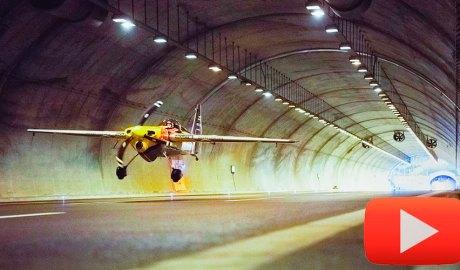 Avió en un túnel